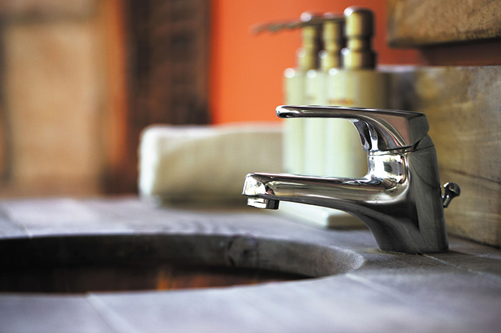 A2B Plumbers are able to fix any leaking taps you may have in Camden Town.